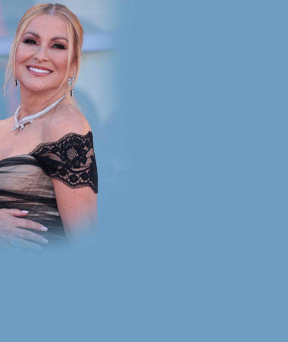 Dvakrát porazila rakovinu a prodělala oboustrannou mastektomii: Podívejte se, jak dnes vypadá zpěvačka Anastacia (53)