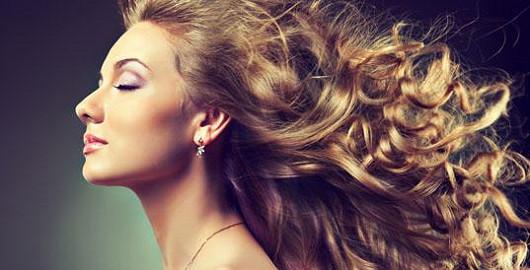 Hedvábné a lesklé vlasy