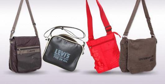 Kabelky a tašky Levis