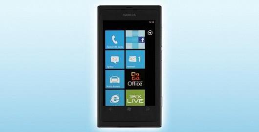 Mobilní internet naplno s luxusní Nokiou Lumia 800 je taky levný.