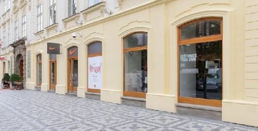 Přijďte se podívat do naší prodejny Nike Prague na adrese: Na Příkopě 859/22 Praha 1!