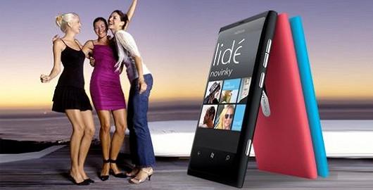 Elegantní Nokia Lumia 800
