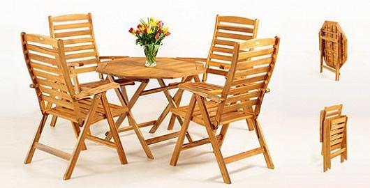 Stylová klasika za neskutečné peníze! Dřevěný stůl a židle udělají parádu na dvorku i na balkóně