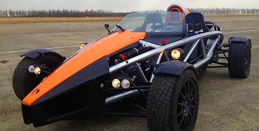 Jízda v jednom z nejrychlejších vozů světa Ariel Atom 3