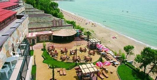 REZERVUJ – Caesar Palace Beach ****, Bulharsko