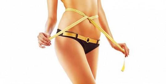 Chcete mít plošší bříško bez cvičení? Zvažte liposukci