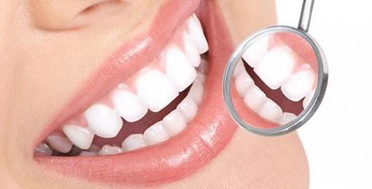 Zdravé a bílé zuby pro vaši krásu