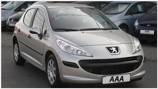 Spolehlivý a elegantní Peugeot 207 1.4 hatchback, šedá metalíza, z roku 2008, se servisní knížkou, najeto pouze 43 479 km