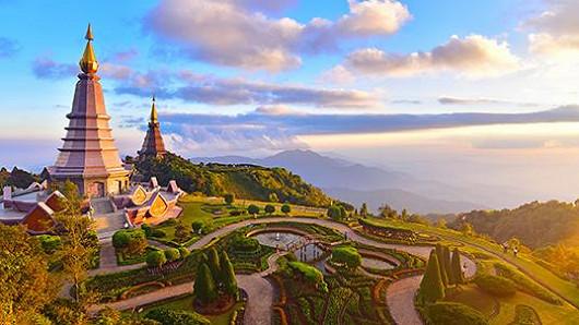 Thajsko – přes den relax, v noci party, na to láká Las Vegas Asie