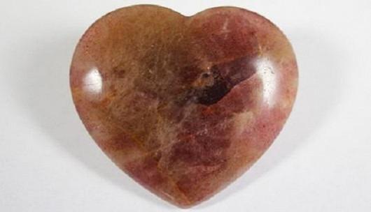 Křemen jahodový srdce ploché – vnese do vašeho života lásku