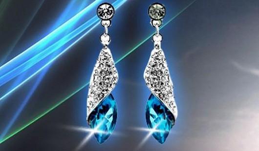 Speciální valentýnská sleva 68% na nádherné náušnice s krystaly Swarowski!
