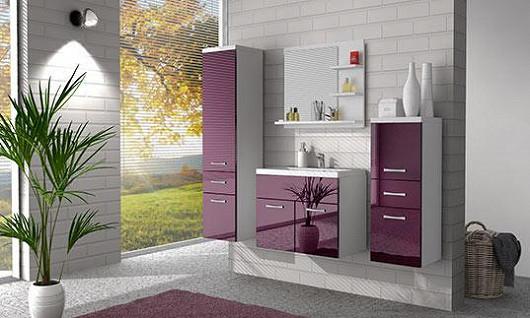 Nejsnadnější úklid v koupelně. Skříňky, které visí ve vzduchu, si rychle zamilujete