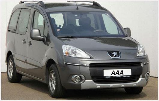 PeugeotPartner 1.6 HDI z roku 2010, šedá metalíza, najeto pouze 67760 km