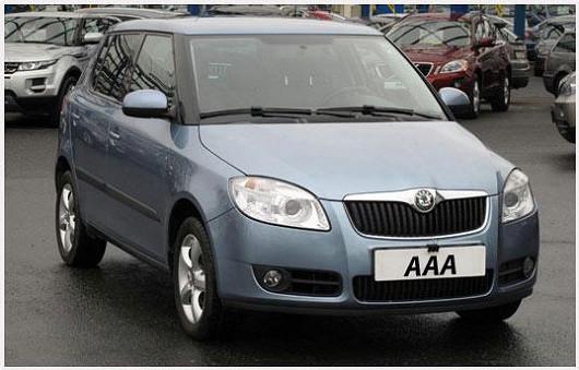 Škoda Fabia 1.2 hatchback, výbava Sport, modrá metalíza, z roku 2010, po 1. majiteli, najeto pouze 62249 km