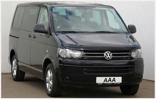 Velký a luxusní Volkswagen Multivan 2,0 TDI/140k, černá metalíza, rok 2011, po 1. majiteli, servisní knížka, možnost odpočtu DPH