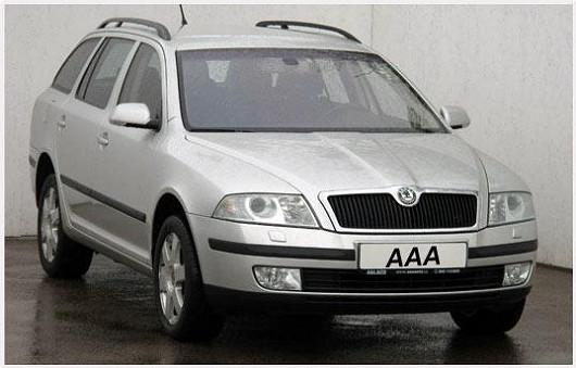 I bez statisíců na účtu můžete jezdit v kvalitním voze, jako je například tato Škoda Octavia 2.0 FSI, combi 4x4, z roku 2005