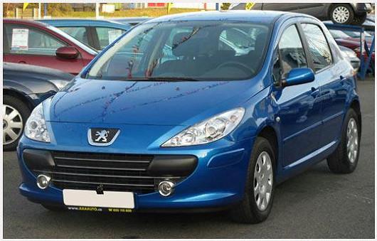 Populární Peugeot 307 1.6 16V hatchback, z roku 2008, po 1. majiteli, najeto pouze 43 597 km