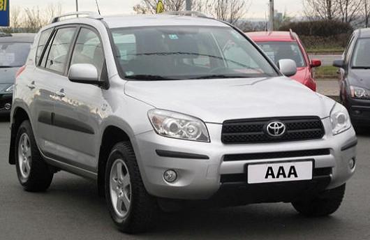 ToyotaRAV 4 2006 2.2 D-4D, X4, 80132 km, 1.majitel, novévČR, servisní kniha
