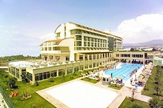 Hotel Titan