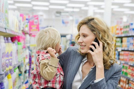 Bomba! Vaše kámošky zblednou závistí - neomezené volání mezi dvěma mobily k internetu úplně zadarmo