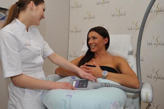 Alice také navštívila neinvazivní kliniku YES VISAGE