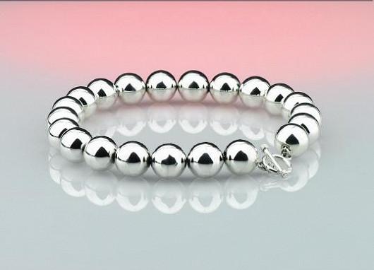 Široká nabídka pánských i dámských stříbrných šperků