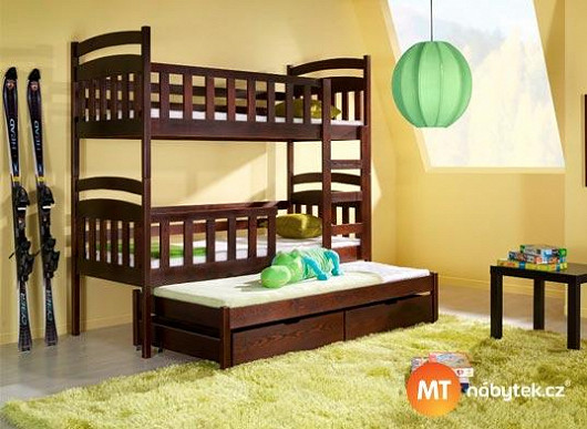Komfortní spaní pro 3 děti za necelých 10 tisíc. Ušetřete spoustu peněz i prostoru