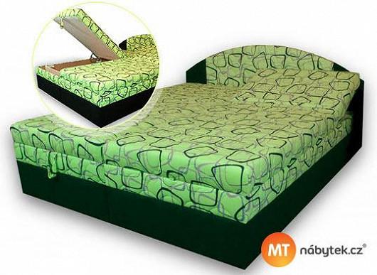 """""""Super kup, krásně se na ní spí,"""" říká paní Šárka o své nové posteli a chválou nešetří"""