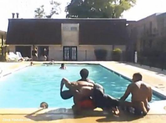 Tip na léto: Poradíme, jak se vyhnout děsivým pádům u bazénu