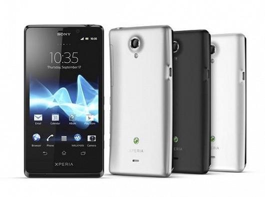 Víte, že James Bond ve filmu Skyfall používá smartphone Sony Xperia T?