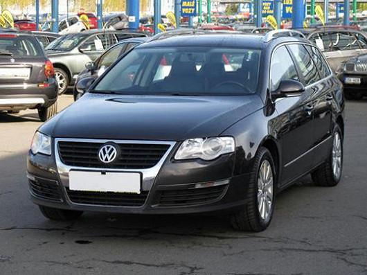 Populární VW Passat 2.0 TDI combi, z roku 2008, po 1. majiteli, najeto pouze 99 469 km