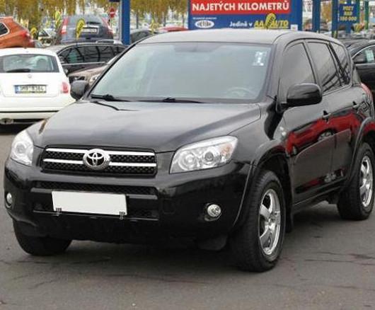 Populární SUV, spolehlivá ToyotaRAV 4 2.2 D-4D, z roku 2007, koupeno nové v ČR, se servisní knížkou, najeto pouze 96388 km