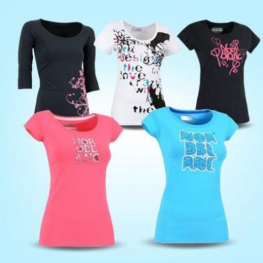 Vyberte si z více než 1000 různých typů značkových triček