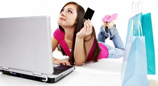 Proč ve vedru chodit po obchodech, když můžete nakupovat online
