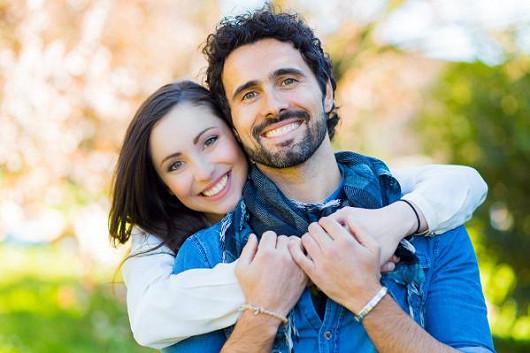 Vyměňte klasické seznamování za seznamování na internetu a užívejte si naplno své jarní lásky!