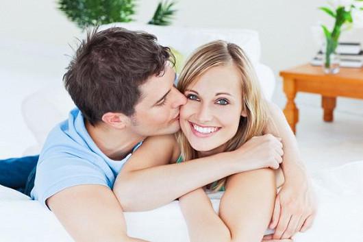 Nemějte obavy z oslovení nebo z odmínutí. Vyměňte konečně samotu za život v páru!