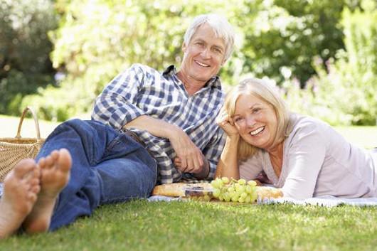 Láska kvete v každém věku. Investujte do svého štěstí a vyměňte samotu za život ve dvou!