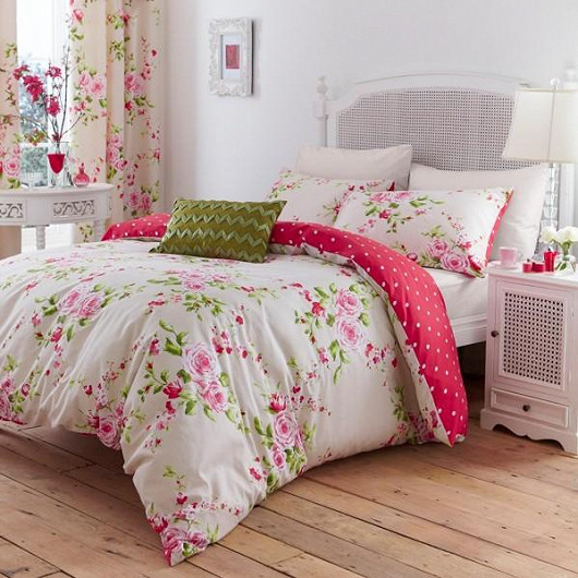 Pozor, kvetou postele!