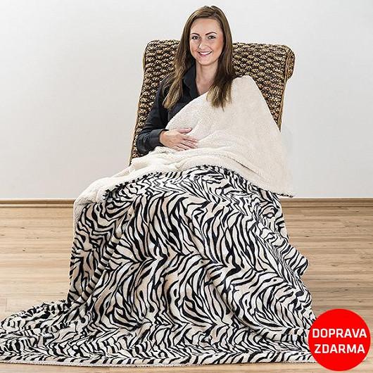 Měkoučká a hřejivá beránková deka