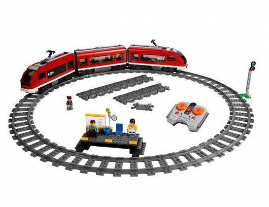 Osobní vlak Lego City se stanicí a železničním okruhem