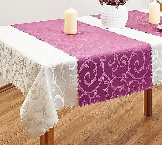 Praktický ubrus pro čisté stolování