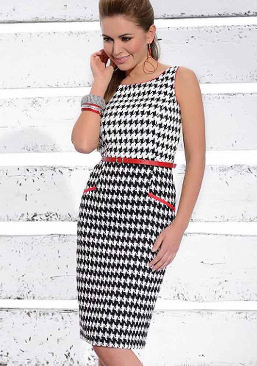 Šaty v retro stylu zdůrazní vaši ženskost