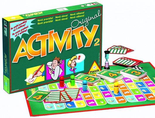 Společenská hra Activity pro malý i velký počet hráčů různých generací (Piatnik)