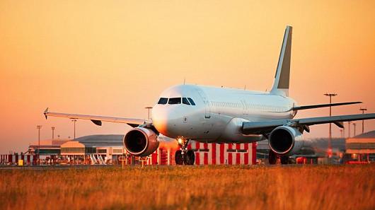 Letadla nelétají jen z Prahy