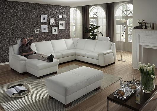 Moderní nábytek má být pohodlný a praktický