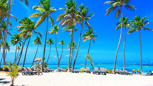 Dlouhé bílé pláže v Dominikánské republice