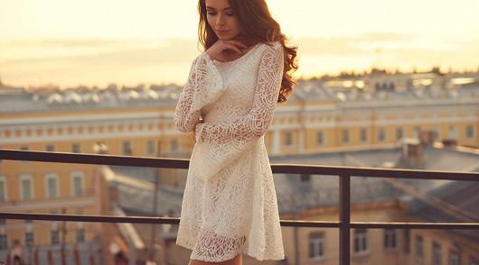 Romantické krajkové šaty od 290 Kč