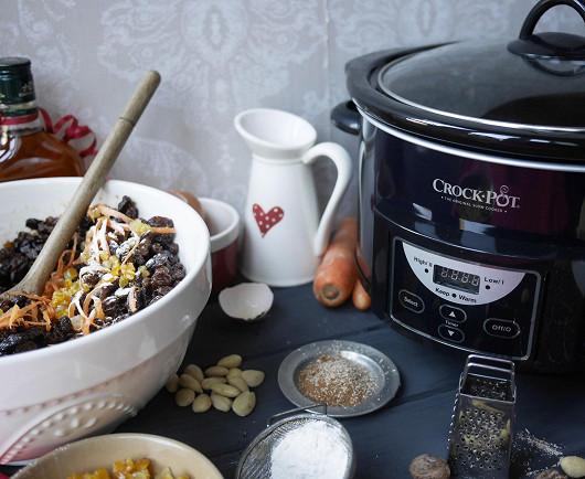 Výhodou vaření v pomalém hrnci Crock-Pot® je jednoduchý způsob domácího vaření, s úsporou času a peněz!