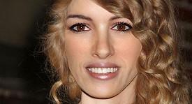 Tvář složená z šesti slavných žen, jejichž obličejové proporce jsou mezi plastickými chirurgy nejžádanější.