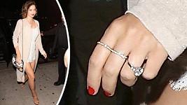 Miranda Kerr je hrdou majitelkou tohoto klenotu.